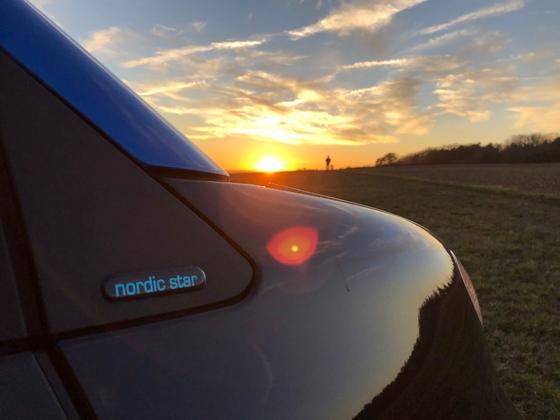 smartEQfortwo im Sonnenuntergang