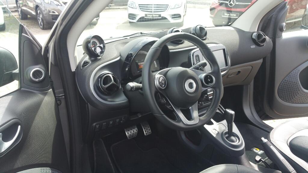 453 Cabrio aus UN