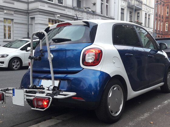 Smart forFourWithBicycle