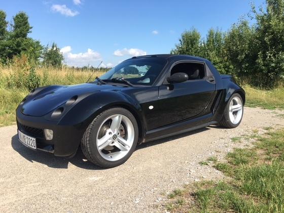 Aus dem Smart Roadster wurde ein Smart 42 Passion...natürlich wieder in Black..