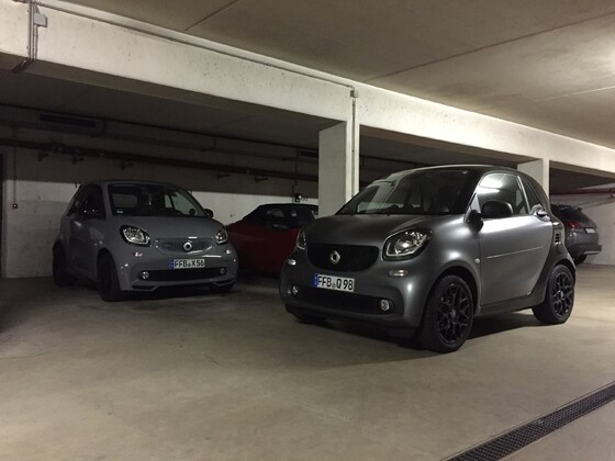 smartes Treffen: 453 Cabrio Brabus Tailormade 109 PS DCT, 453 Coupe Passion Sportpaket 90 PS DCT